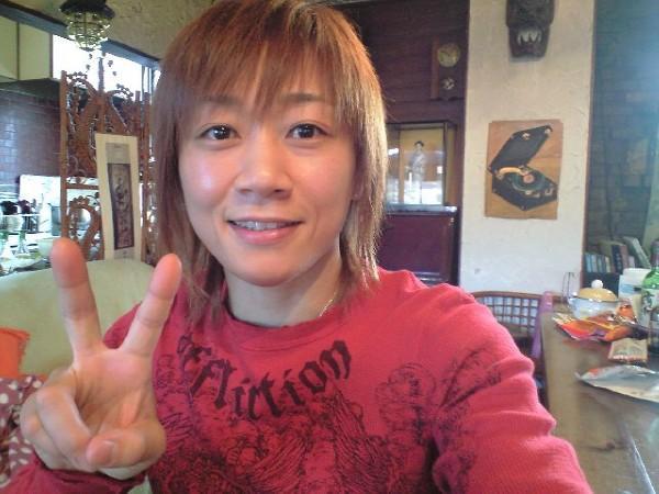 Precursora do armlock no MMA feminino, Megumi Fujii se aposenta
